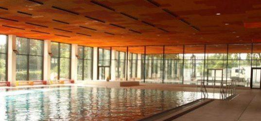 Lachebad in Rüsselsheim - Fassadenarbeiten durch Vorndran Metallbau GmbH & Co KG - Bild mit freundlicher Genehmigung der Stadt Rüsselsheim