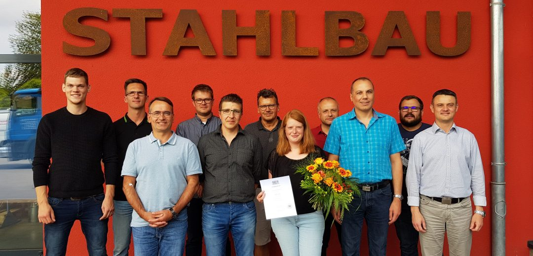 Ausbildungsteam Stahlbau mit Daniela Geßner - Foto: Karlheinz Buban